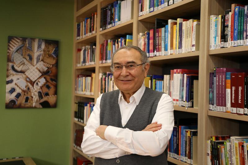"""Prof. Dr. Nevzat Tarhan: """"Ramazan, hayatın anlamını kavramak için önemli bir fırsattır"""""""
