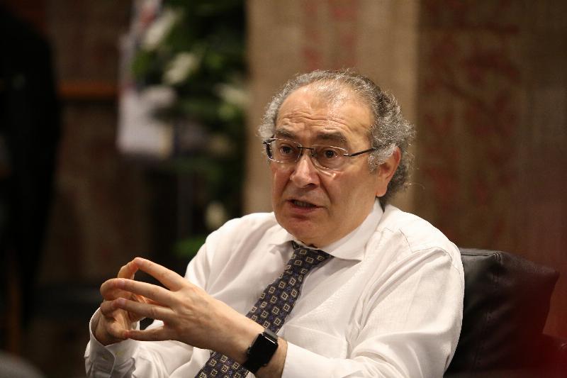 """Prof. Dr. Nevzat Tarhan: """"Çocuk yaşta stres aşısına ihtiyaç var"""""""