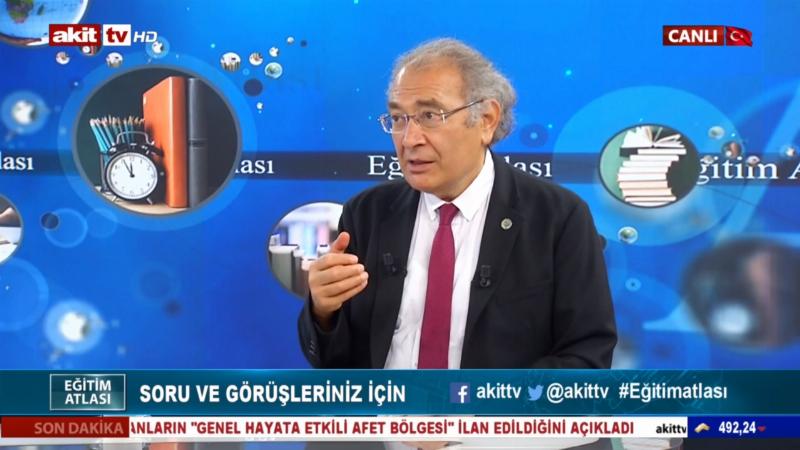 "Prof. Dr. Nevzat Tarhan: ""İyi futbol iyi futbolcularla oynanır."""