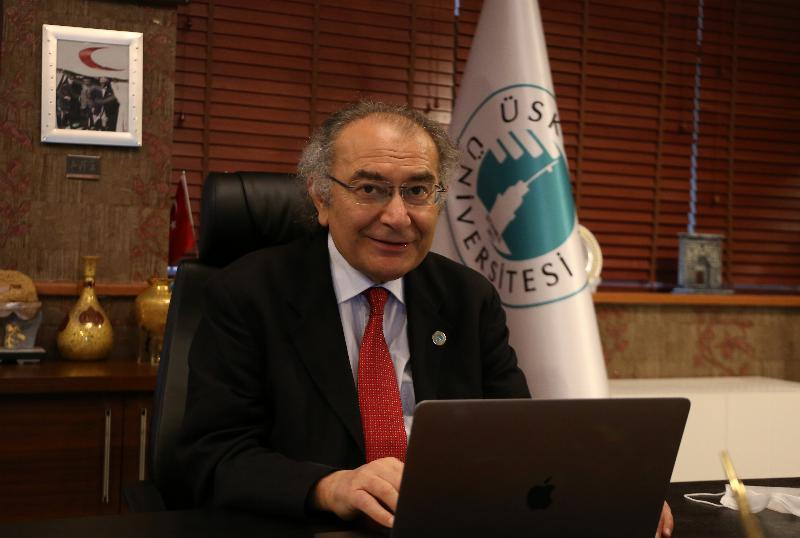 """Prof. Dr. Nevzat Tarhan: """"İnsanın en büyük projesi kendisidir"""""""