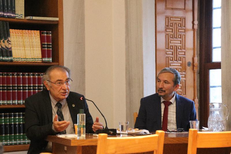 """Prof. Dr. Nevzat Tarhan: """"Medeniyet Krizlerinin Çözümü Kendi Kültürümüzde"""""""